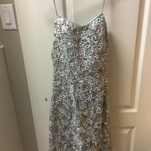 ADRIANNA PAPELL Gray Silver Sequin Strapless Dress